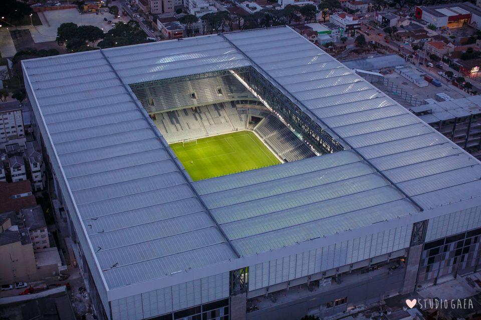 Arena da baixada est dio joaquim am rico guimaraes for Estadio arena