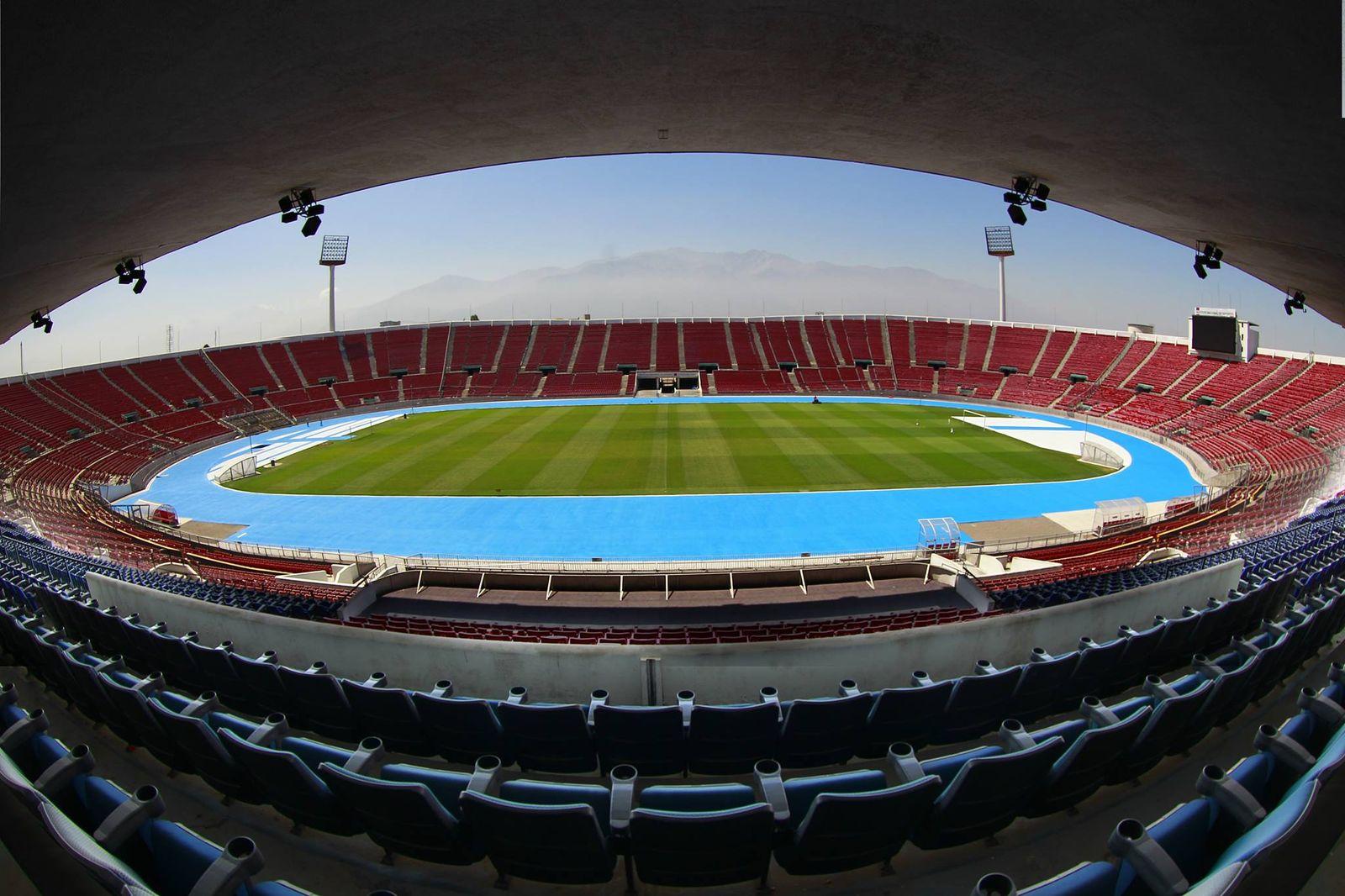 Nacional: Estadio Nacional Julio Martínez Prádanos (Estadio Nacional