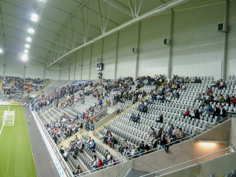 Fasjonable Telenor Arena – StadiumDB.com TQ-12