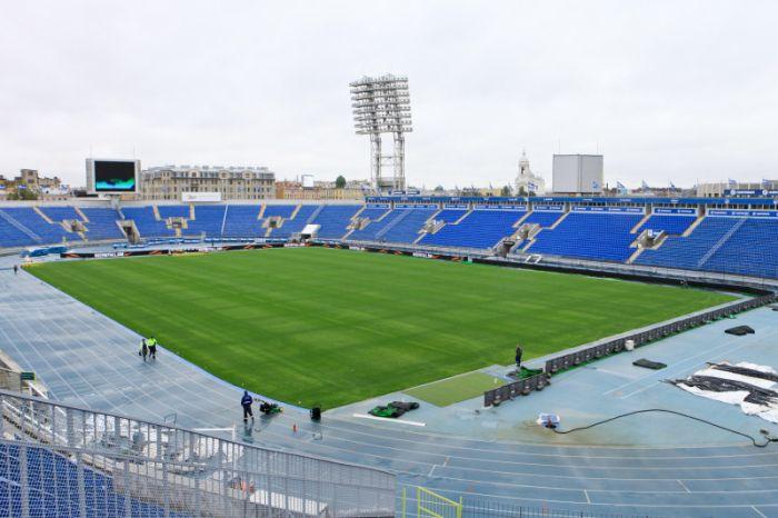 petrovskiy_stadion12.jpg