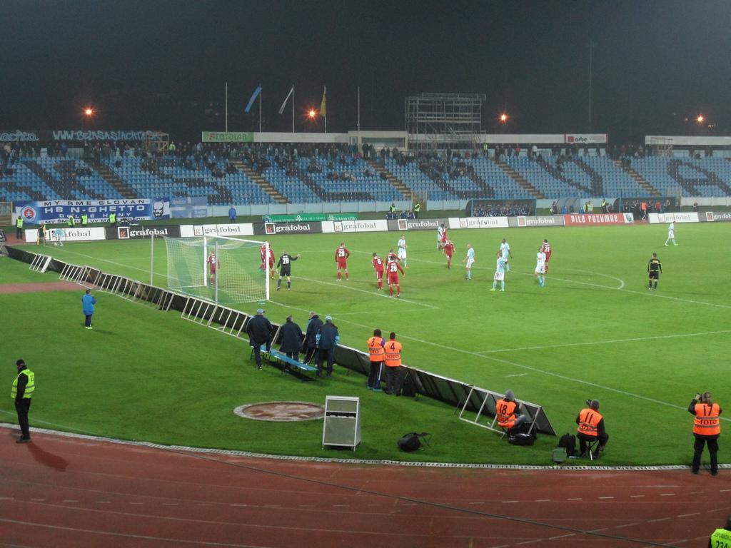 91c5cce74add4 ... Štadión Futbalového klubu Inter Bratislava a.s. na Pasienkoch (Pasienky)