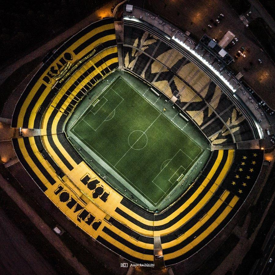 estadio_campeon_del_siglo18.jpg