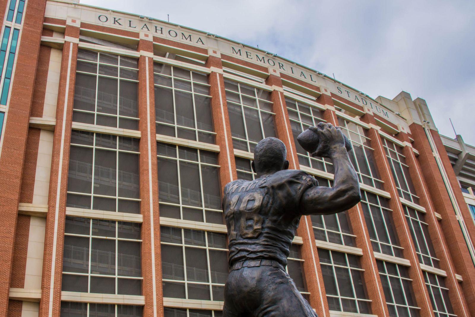 Gaylord Family Oklahoma Memorial Stadium – StadiumDB.com