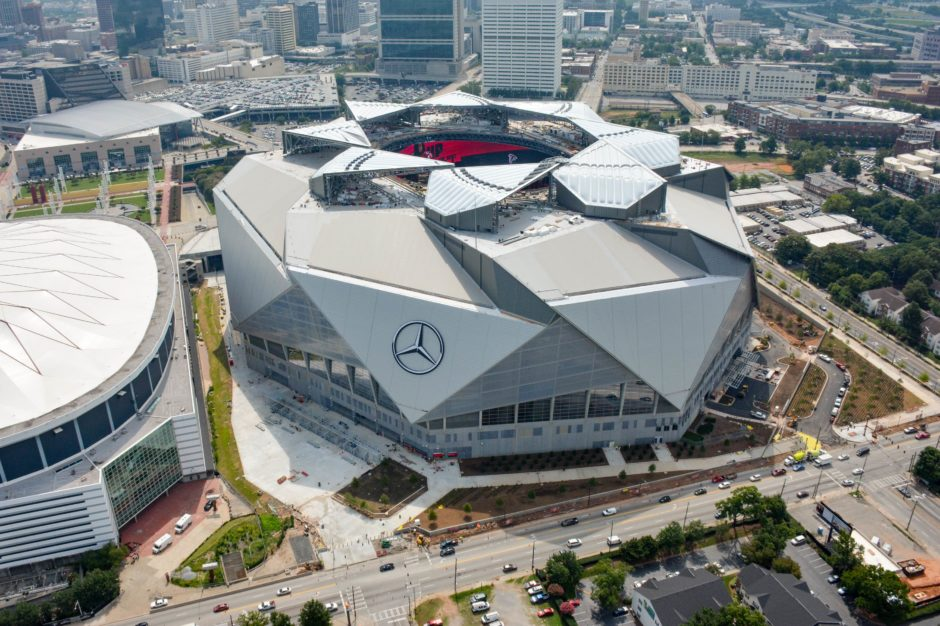Mercedes benz stadium for Atlanta ga mercedes benz stadium