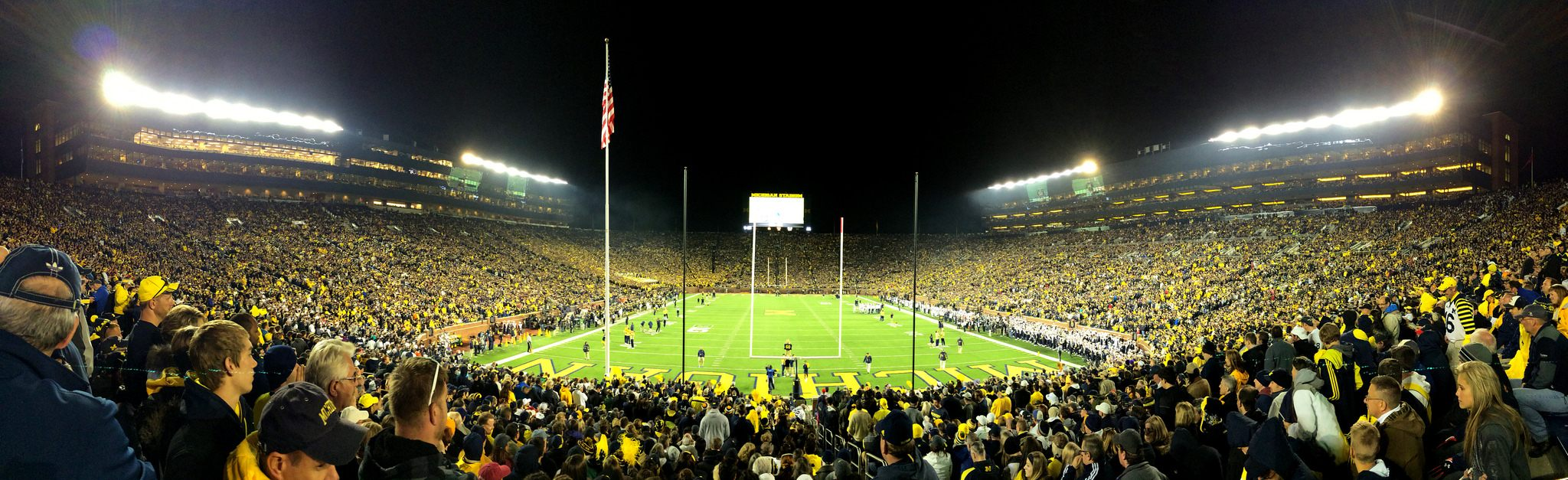Michigan Stadium The Big House Stadiumdb Com